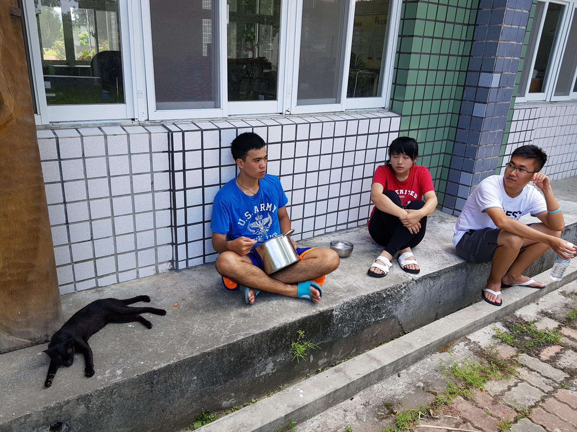 2018「讓愛飛揚─Uvaaz鸞山國小暑期育樂營」